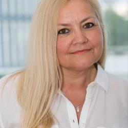 Mgr.  Natália Árvaiová